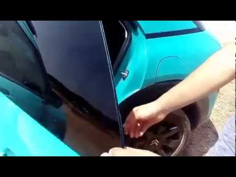 Arabaların arka camları niçin tam açılamıyor?